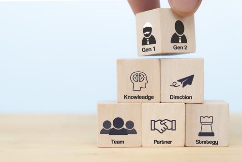Brennpunkt-Thema: Übergabe an die nächste Generation -Erfolgreiche Nachfolge im Familienunternehmen